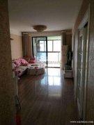 整租两室一厅 家具齐全 配有车库